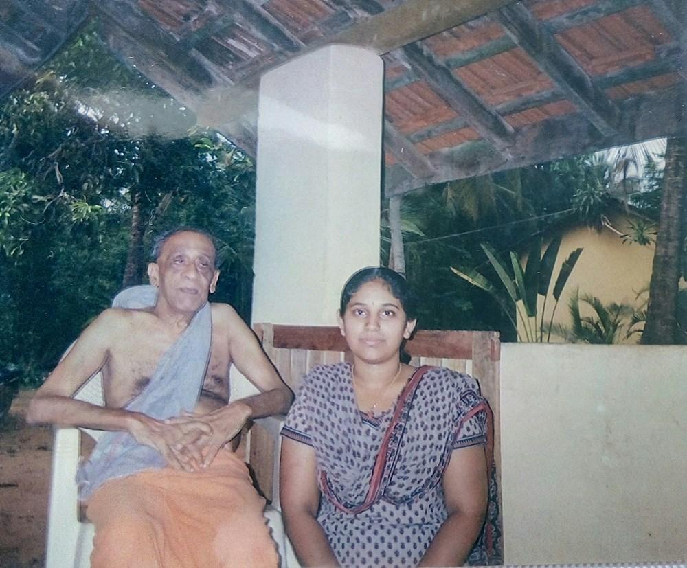 With students - Shrimathidevi